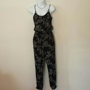 EUC American Eagle Outfitters Floral Jumpsuit XS